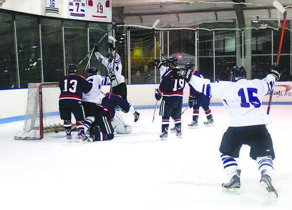 e88ddd7b2d5 NYU men s hockey keeps keeps their perfect streak alive by winning against  University of Massachusetts Amherst on Saturday night.